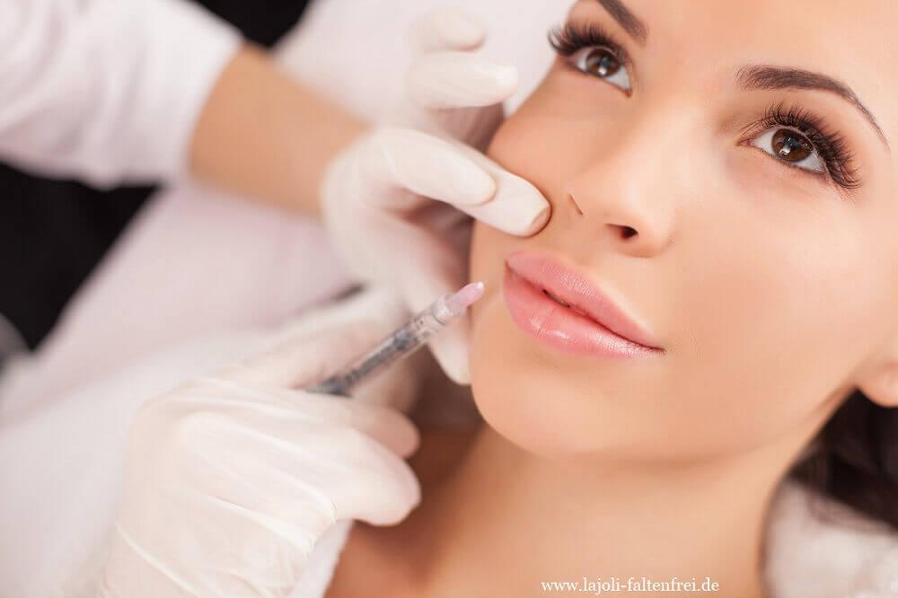 Lippen vergrößern und modellieren mit Hyaluronsäure - LAJOLI lips - aufspritzen