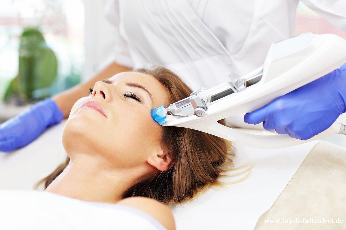 Mesotherapie mit dem Vital-Injector -Hyaluronsäure, Vitamincocktail, Kollagen - LAJOLI Hamburg